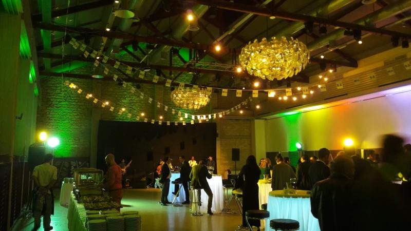 dromon  gala party